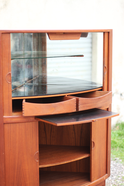 Chicbaazar objets vintage 50 60 70 splendide bar angle - Boutique scandinave en ligne ...