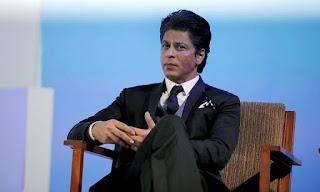 Shah Ruk Khan maxaa maraykanka loogu xiray