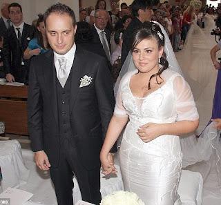 Bride With The Longest Veil; It's 3km-long 3