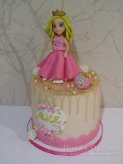 disney alice cake