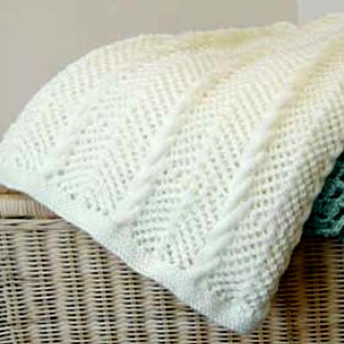 Blanket in Bernat Satin - Free Pattern