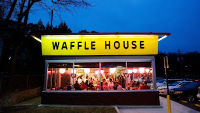 Security Guard Shoots Robber who held up Waffle House with a BB gun