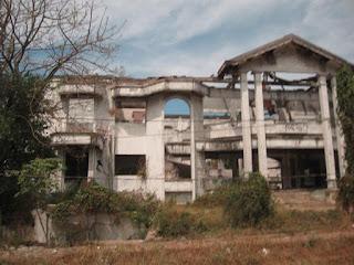 Rumah Hantu Darmo