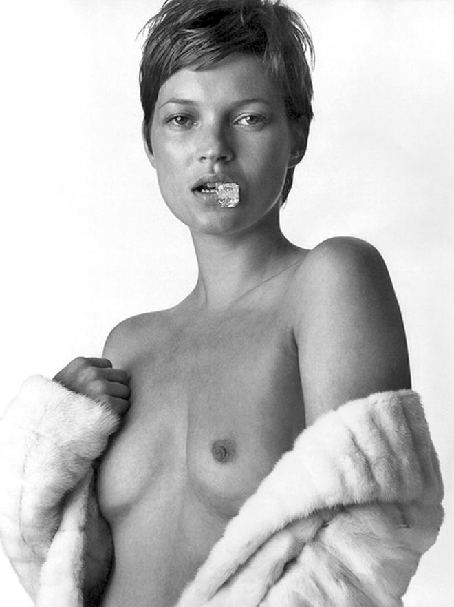 kate-moss-naked-pics-school