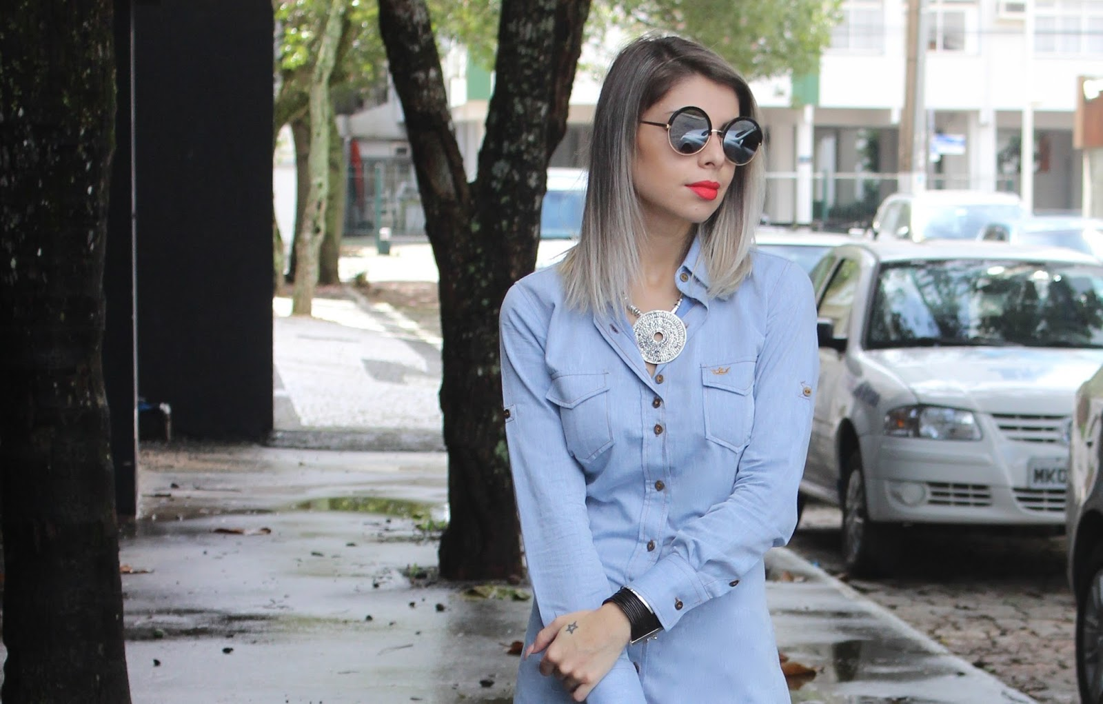 look chemise jeans