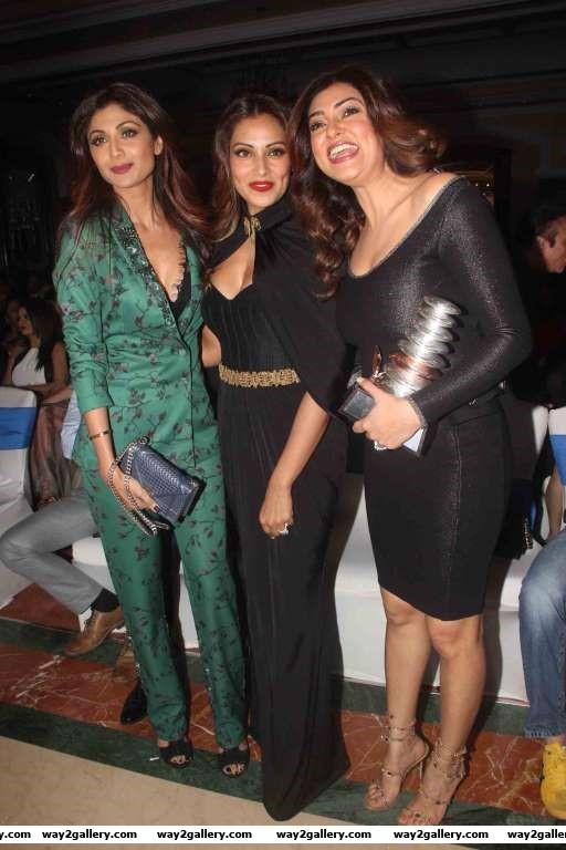 Shilpa Shetty Bipasha Basu and Sushmita Sen pose for photographers during the th GeoSpa AsiaSpa India Awards