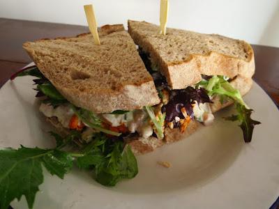 Sarnies, tandoori chicken sandwich