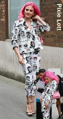 新鮮な驚き!? ピクシー・ロット、有名人のキャラクタースーツでイベント参上! ~海外セレブファッション情報~