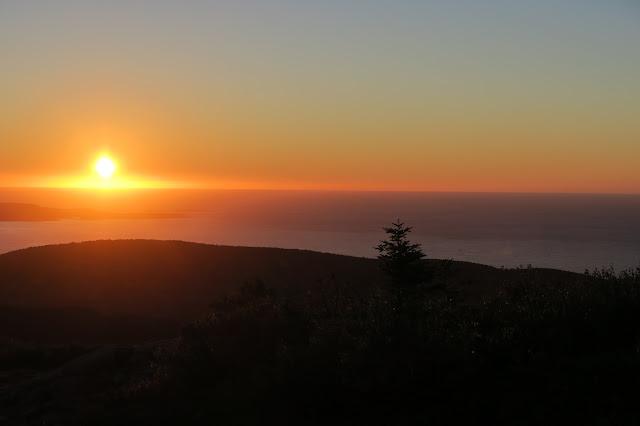 Sunrise Cadillac Mountain, Acadia National Park, Maine USA