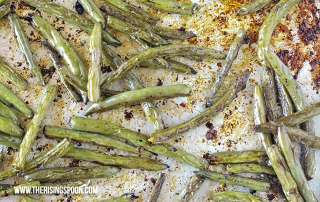 Roasted Balsamic Green Beans (Easy 30-Minute Recipe)