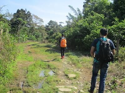 Menuju jalur Pendakian