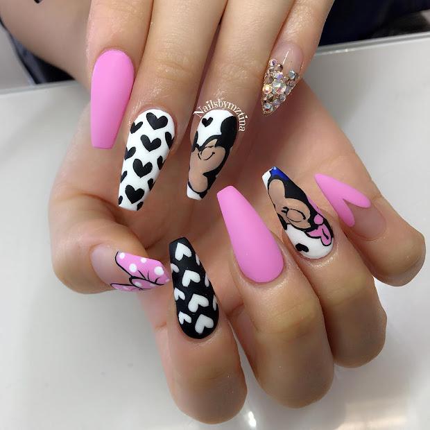 digs and skims natty nails
