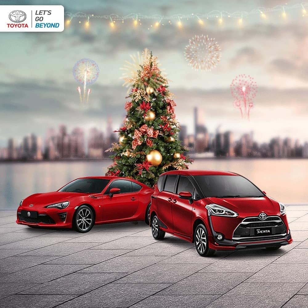 Tahun Baru dengan Mobil Toyota Baru