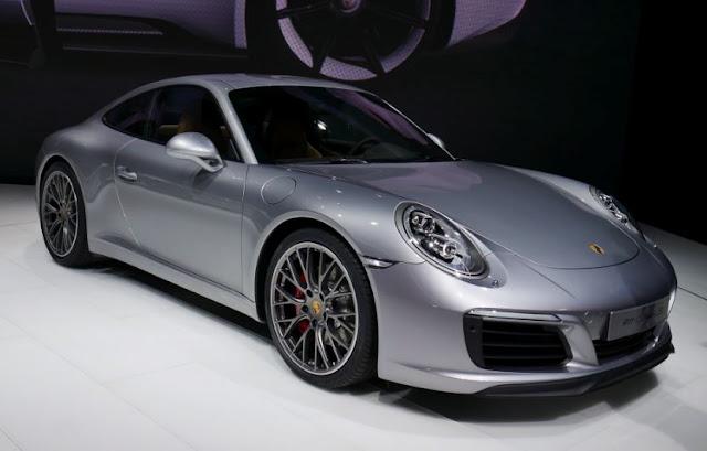 2017 Porsche 911 Carrera 4S Reviews and Price
