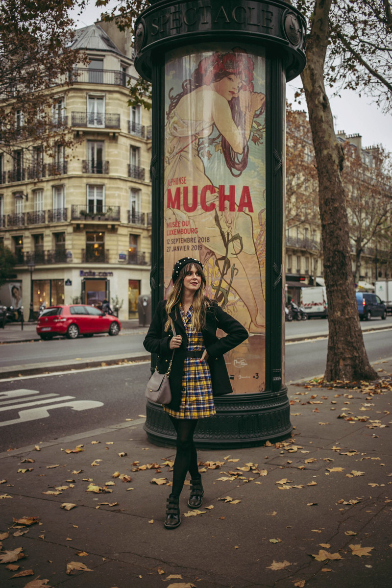 A preppy outfit and prize winning butter croissants in Paris