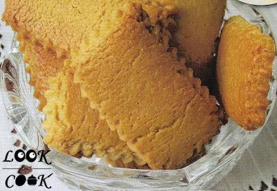 Νηστίσιμα μπισκότα με γεύση λεμονιού