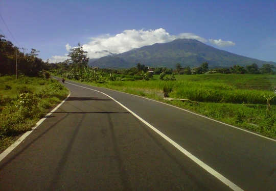 Keindahan Pemandangan Alam Pegunungan Trawas Jawa Timur