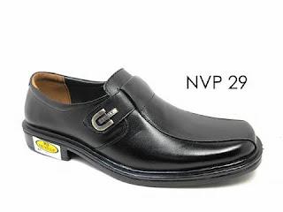 Sepatu Pantofel Pria Bertali Sekolah Pendek