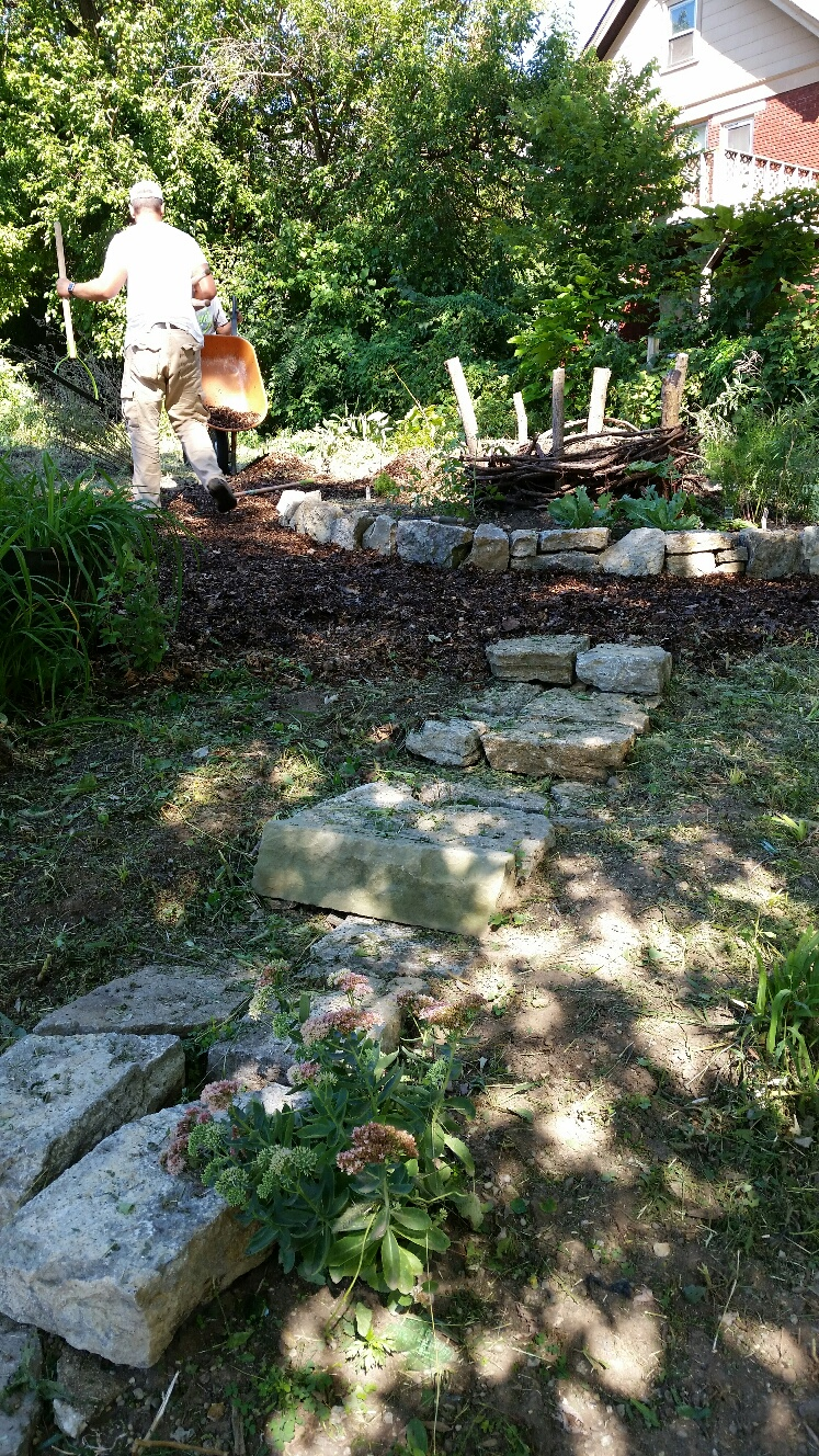Confessions Of A Composter: Who Else Wants To Build A