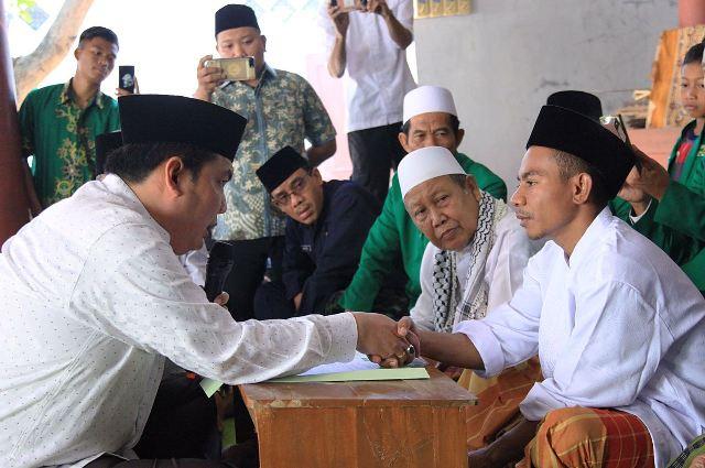 Alhamdulillah, Sekjen PBNU Bimbing Masuk Islam Warga NTT