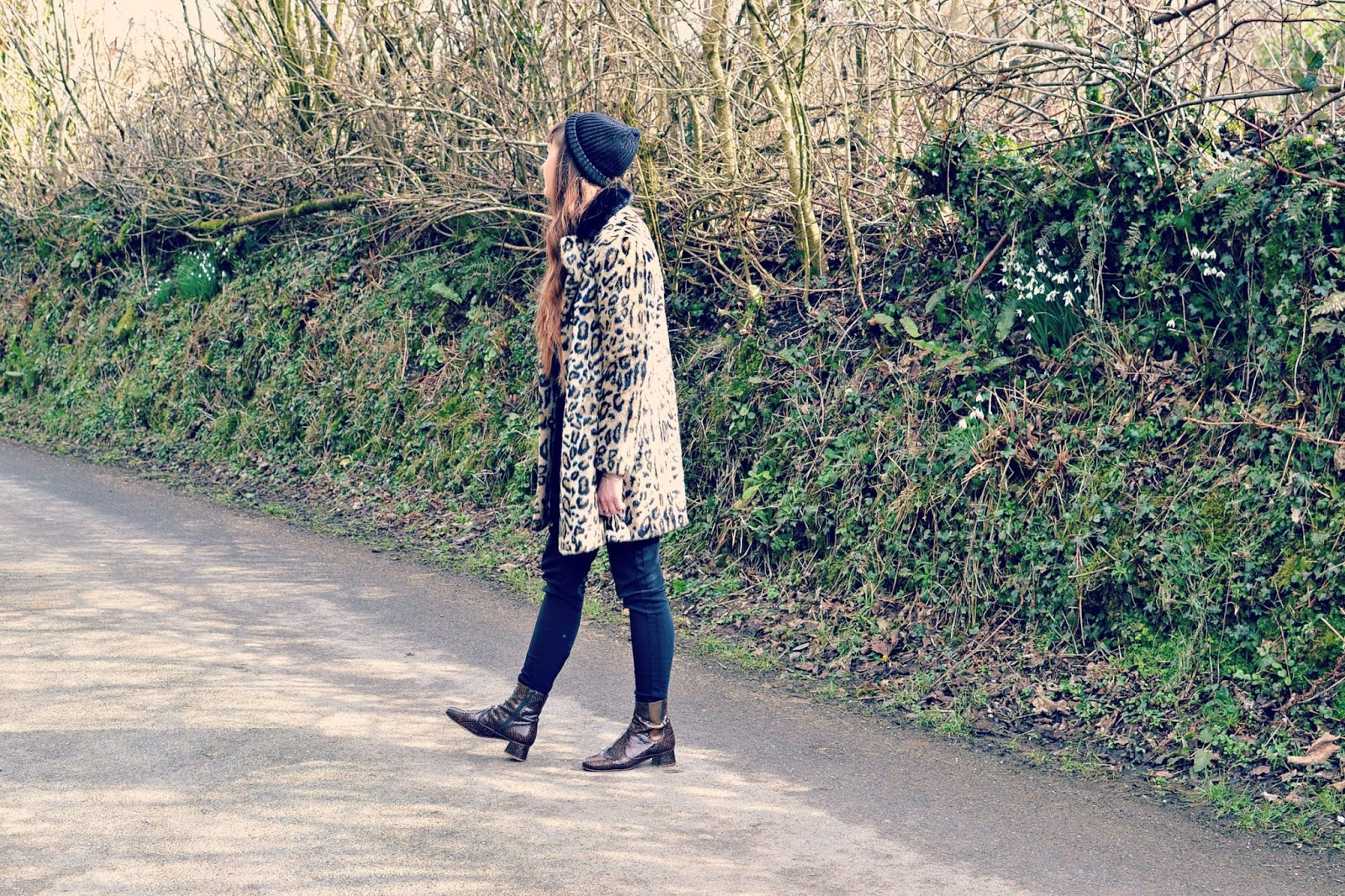Topshop leopard coat, fashion blogger, whistles trousers,