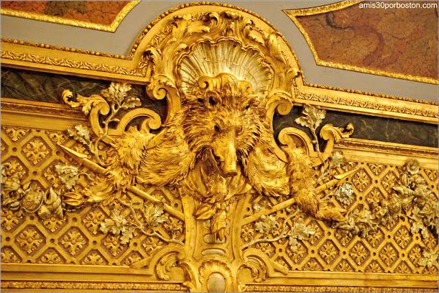 Cabeza de Jabalí en el Salón Comedor de Marble House, Newport