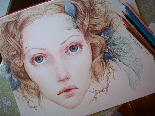04-Omission-Jennifer-Healy-Traditional-Art-Color-Pencil-Drawings-www-designstack-co