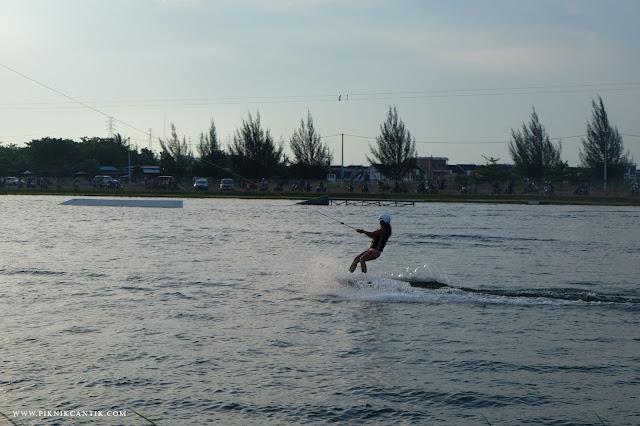 Batam wakepark,wakeboarding batam,Cable Ski