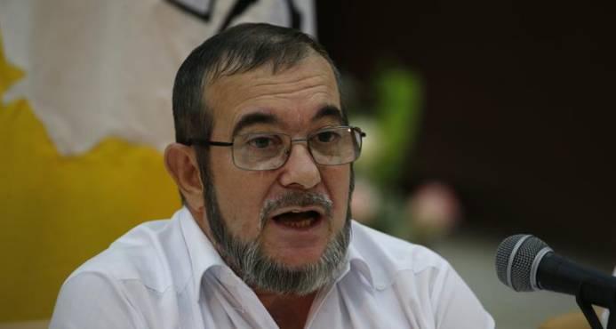Timochenko le propone a Uribe encontrarse en la Comisión de la Verdad