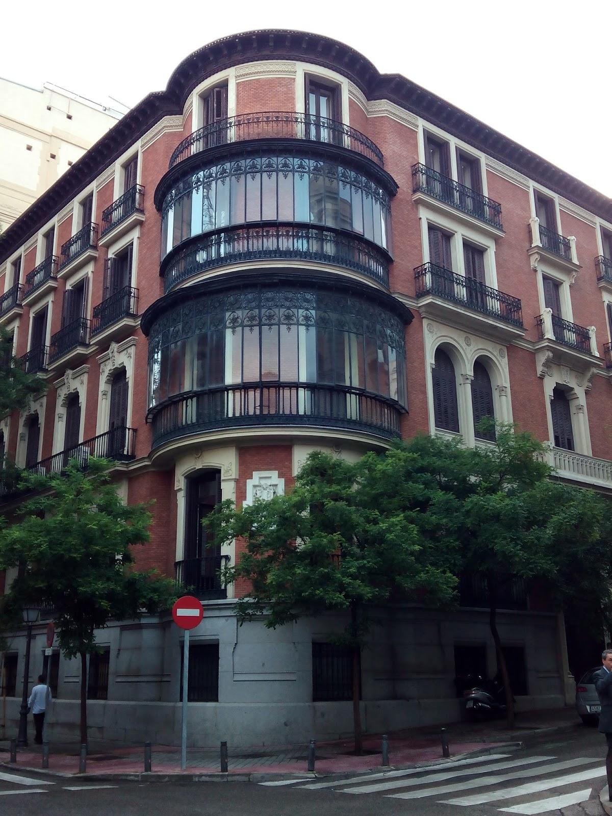 perforación puesto paseo cerca de Oviedo
