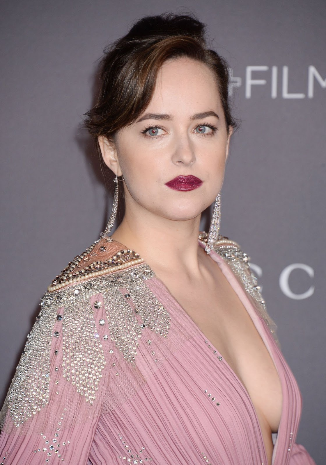 Dakota Johnson Bares Cleavage At The 2017 Lacma Art Film