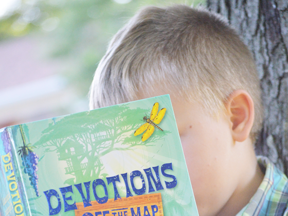 Journeying Closer To God: A Devotions Off The Map Review & Family Christian Giveaway #FCBlogger