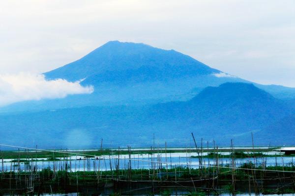 Wisata Rawa Pening di Ambarawa Semarang Jawa Tengah