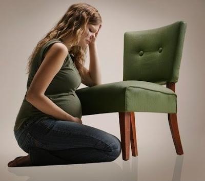 phụ nữ có thai dễ bị trĩ