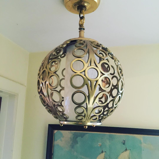 #thriftscorethursday Week 97 | Instagram user: soletoshare shows off this Hollywood Brass Lamp