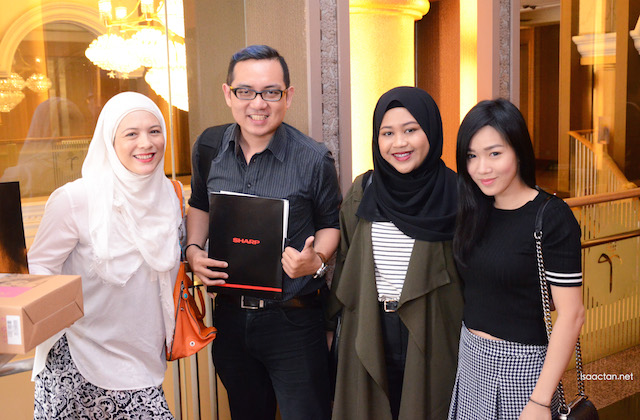 One for the album, with fellow bloggers and influencers at the launch event