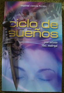 Portada del libro Ciclo de sueños, de Juan Antonio Fernández Madrigal