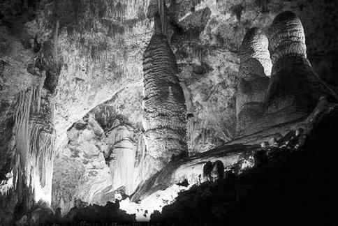 Stalaktit dan stalagmi