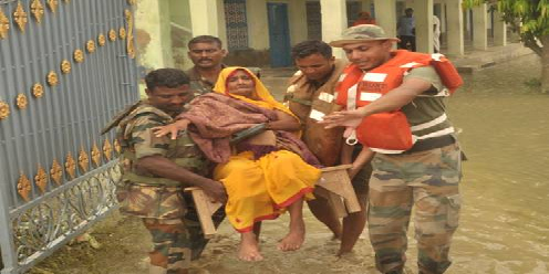 army-lends-helping-hand-bihar-floods-paramnews