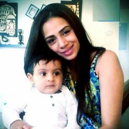 Actress Humaima Malik With Her Cute Son
