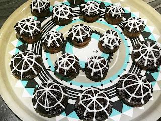 Menu Halloween 2018 cupcake araignée