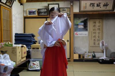 五社宮 舞姫(巫女)
