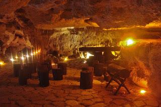 Alux Caverna Lounge Messico