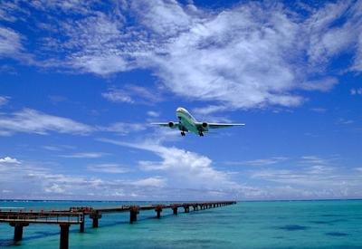 airplane-landing