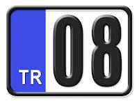 Artvin ilinin plakası olan 08 kodunu gösteren küçük plaka