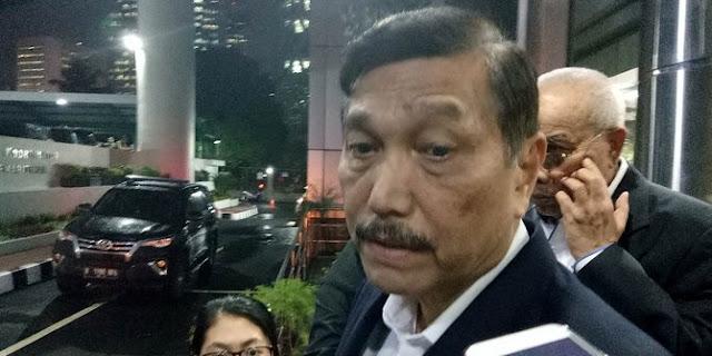 Reaksi Kesal Luhut Saat Dimintai Tanggapan Soal Ucapan Prabowo