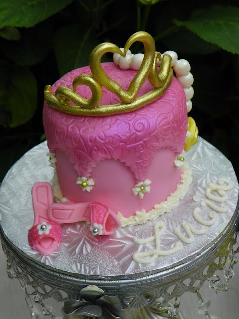 Plumeria Cake Studio Dress Up Party Cakes Belle And