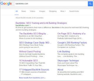 contoh tampilan sitelink yang dimiliki sebuah situs
