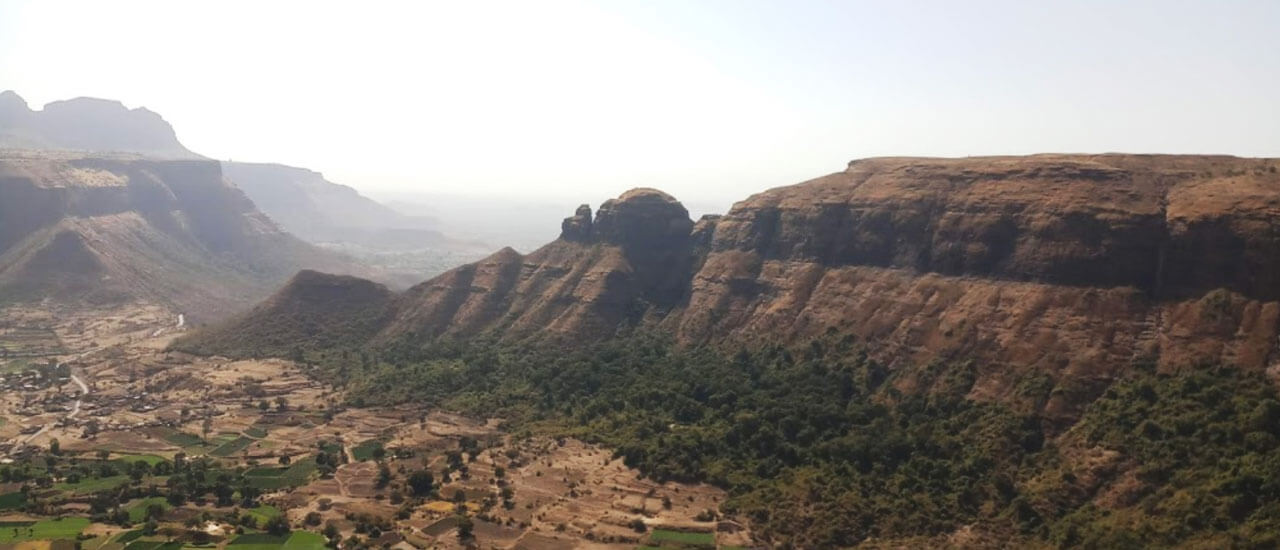 अहिवंत किल्ला - Ahiwant Fort