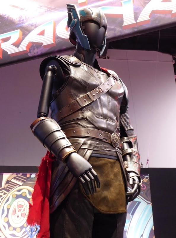 Thor Ragnarok movie costume